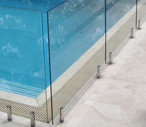 Glass Swimming Pool Fence Corner